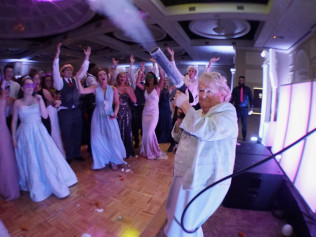 Padua Prom, Cryo Cannon special effect