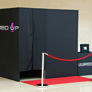 A photo of a Wired Up Entertainment photobooth in Wilmington, DE
